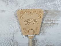 Dekorácie - Malá kožená plácačka na muchy - hlazenice - mucha v ornamentoch - 10959818_