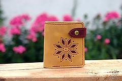 Peňaženky - Menšia kožená peňaženka IX. •Alatyr• - 10959312_