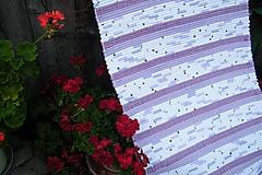 Úžitkový textil - Tkaný koberec fialovo-bielo-sivý - 10958965_