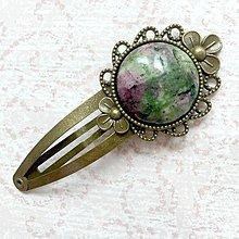 Ozdoby do vlasov - Vintage Gemstone Hair Clip / Veľká vintage sponka s minerálom (Rubín zoisit) - 10962479_