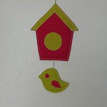 Dekorácie - Závesná dekorácia*vtáčik* - 10962201_
