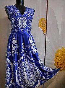"""Šaty - FLORAL FOLK """" Slovenská ornamentika """", spoločenské šaty v dĺžke midi, bez rukáva - 10960471_"""