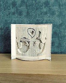 Dekorácie - Vtáčikovia - pre novomanželov, zaľúbencov... - vyskladané z knihy - 10960484_