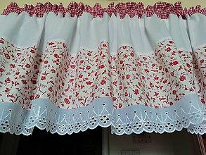 Úžitkový textil - záclonka kvítí s kostičkou - 10965080_
