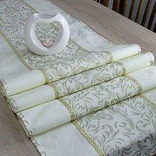 Úžitkový textil - SLÁVKA - zlaté ornamenty na maslovej - stredový obrus 170X40 - 10964847_