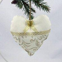 Úžitkový textil - SLÁVKA - zlaté ornamenty na maslovej - srdiečko 13x13 - 10964889_