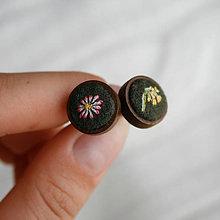 Náušnice - Náušničky ručne vyšívané Sedmokráska a Prvosienka - 10963523_