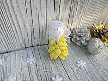 Drobunký roztomilý anjelik ♥️ (citrónovožltý + biele vzory)