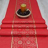 Úžitkový textil - SIMONA 2 - Zlaté vločky a bodky na červenej  - stredový obrus - 10966955_