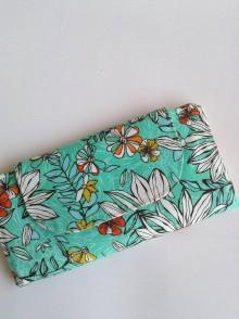 Peňaženky - Peñaženka - zelená, kvety - 10966254_