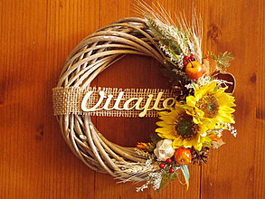 Dekorácie - Jesenná dekorácia so slnečnicami, jutou a nápisom 28cm - 10965654_