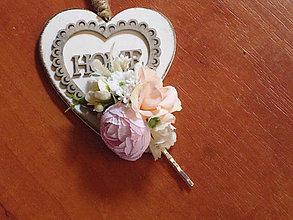 Ozdoby do vlasov - Kvetinová sponka ružovo-marhuľková - 10965857_