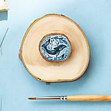 Odznaky/Brošne - Ručně malovaná brož s velrybou - 10969122_