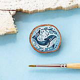 Odznaky/Brošne - Ručně malovaná brož s velrybou - 10969124_