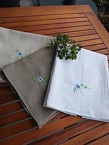 Úžitkový textil - Set troch ľanových kuchynských utierok s výšivkou - 10969758_