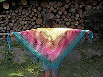 Veľká háčkovaná šatka v letných farbách