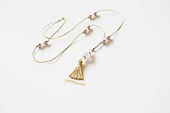 Náhrdelníky - Boho Ruženínový náhrdelník - 10969796_