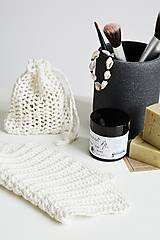 Úžitkový textil - Ľanové vrecko na mydlo + kúpeľňová žinka - 10971596_