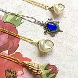 Náhrdelníky - Golden Shell Necklace / Letný náhrdelník s lastúrou - 10976596_