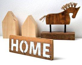 Tabuľky - Malá drevená tabuľka HOME - 10974150_