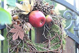 Dekorácie - Prírodný venček s jabĺčkom - 10976395_