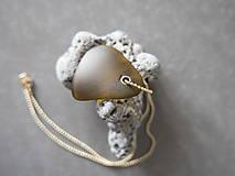 Náhrdelníky - Sklenený prívesok - hnedý - 10976010_
