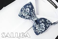 Detské doplnky - Detský tmavo modrý motýlik - kvetinový - 10975742_
