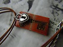 Náhrdelníky - Kľúč - 10973673_