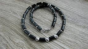 Šperky - Pánsky náhrdelník okolo krku drevený jin-jang, č. 2830 - 10975820_