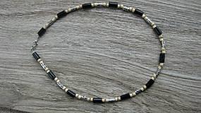 Šperky - Pánsky náhrdelník okolo krku drevený - 10975827_