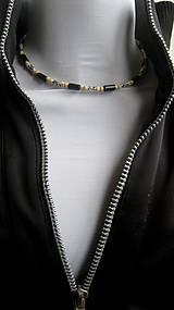 Šperky - Pánsky náhrdelník okolo krku drevený - 10975828_
