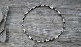 Šperky - Pánsky náhrdelník okolo krku drevený - 10976014_