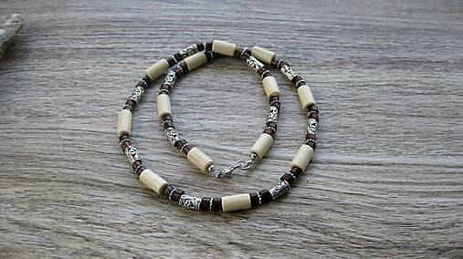 Pánsky náhrdelník okolo krku drevený
