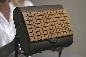 Kabelky - Drevená kabelka Geometrica (Hnedá) - 10975382_