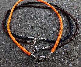 Náhrdelníky - kožené náhrdelníky ozdobné zapínanie 3farby / 1cena akcia! - 10980030_