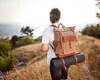 Batohy - Vodoodolný batoh na cestovanie z voskovaného plátna a kože. - 10978787_