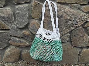 Nákupné tašky - Veľká háčkovaná sieťovka zeleno - biela - 10980508_