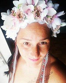 Ozdoby do vlasov - Kvetinová parta Darujem Ti biely kvet - 10978815_
