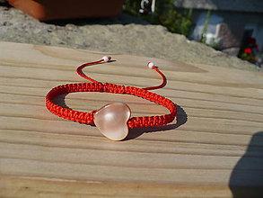Náramky - shamballa náramok z perleťovým srdcom - 10978622_