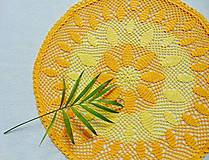 Úžitkový textil - Háčkovaná dečka Slniečková - 10982844_