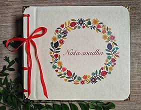 Papiernictvo - Fotoalbum klasický, papierový obal so štruktúrou plátna a voliteľnou potlačou na prednej strane  a nápisom ,,Naša svadba,, (Fotoalbum klasický, papierový obal so štruktúrou plátna a potlačou ,,Naša svadba 5,,) - 10983707_