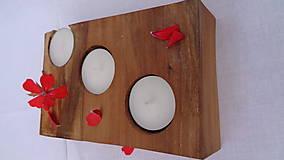 Svietidlá a sviečky - Svietnik drevený - 10983515_