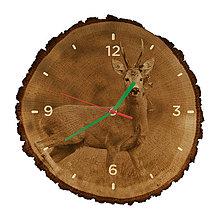 Hodiny - Drevené hodiny Srnec lesný (Zelené ručičky) - 10982309_