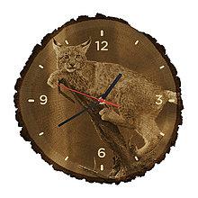 Hodiny - Drevené hodiny Rys ostrovid (Čierne ručičky) - 10983803_