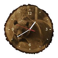 Hodiny - Drevené hodiny Medveď hnedý (Biele ručičky) - 10983820_