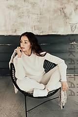 Biely kašmírový sveter