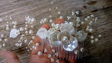 Ozdoby do vlasov - ivory svadobný hrebienok do vlasov - bielo zlatý - 10985189_