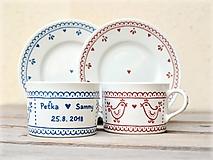 Nádoby - Maľovaná šálka na kávu s podšálkou: Vtáčiky folk/ folklór (SVADOBNÝ dar 200 ml) - 10984709_