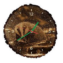 Hodiny - Drevené hodiny Jazvec lesný (Zelené ručičky) - 10984343_