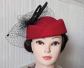 Čiapky - Červený klobúčik so sieťkou - 10984694_
